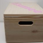 Houten doos met naam - Esmee zijkant